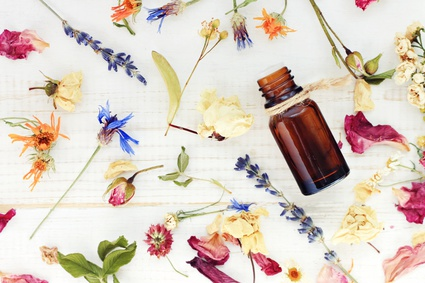 GUEST POST: The Positive Effects of Aromatherapy on Your Health